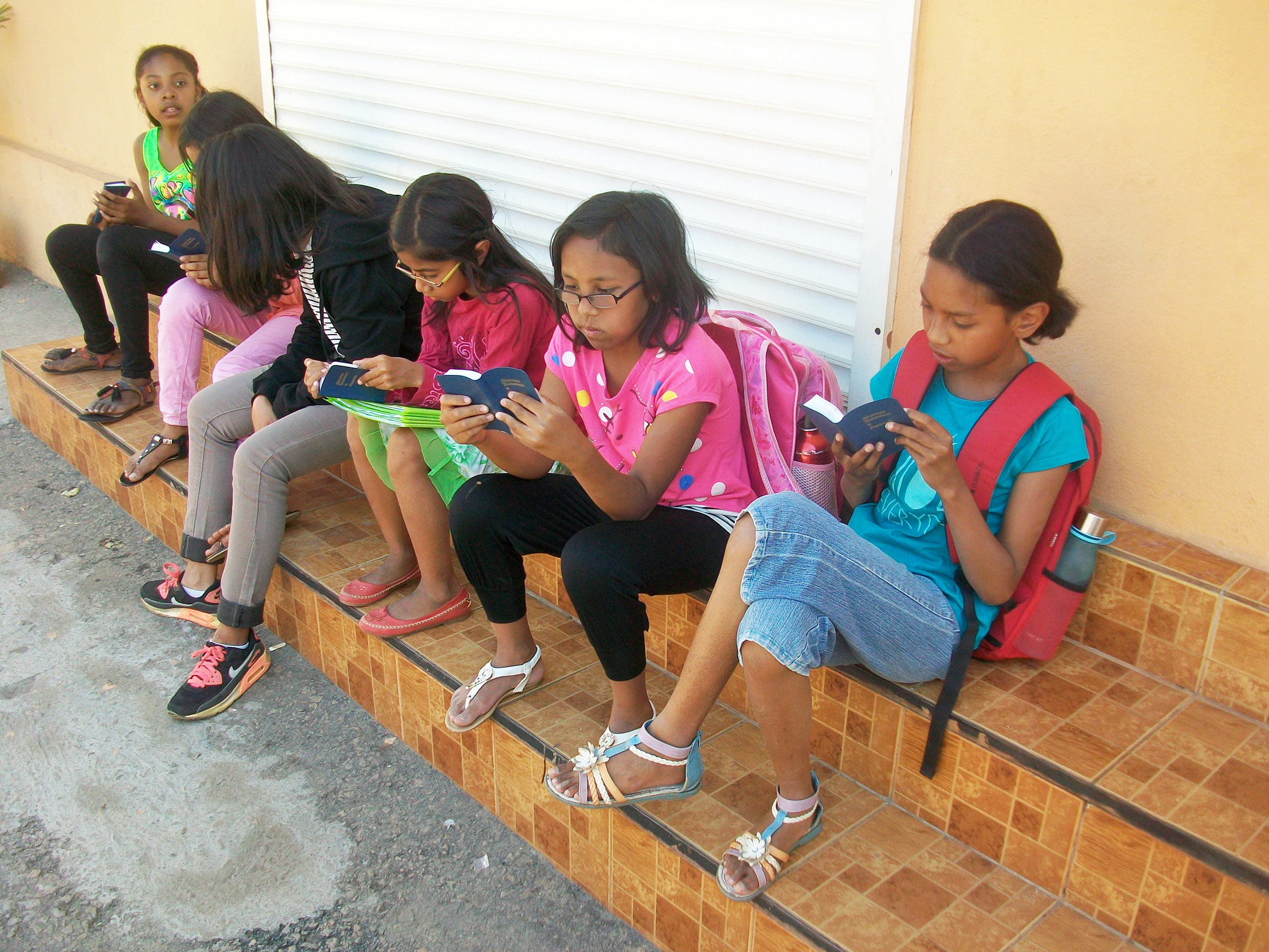 Madagascar Students with New Testaments